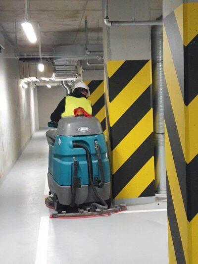czyszczenie pobudowlane maszyna parking podziemny low